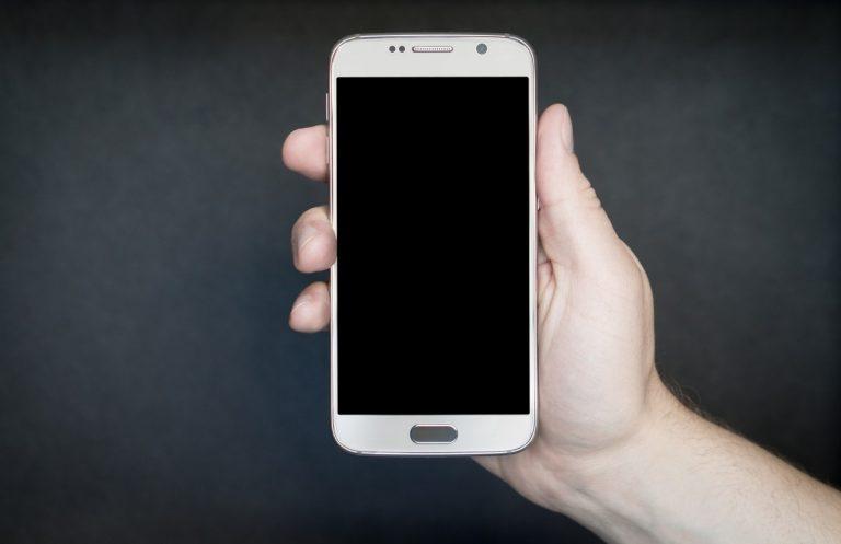 Cómo bloquear y poner en la lista negra en Sony Xperia L1 - Tel-Info